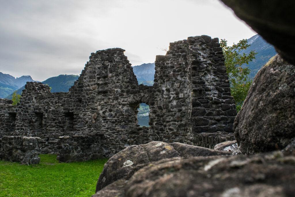 Burgruine Attinghausen 3